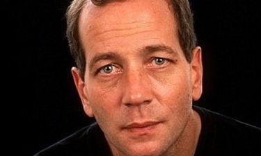 Γιος πασίγνωστων ηθοποιών: «Μεγάλωσα με νταντάδες»