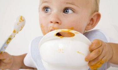 Παιδική παχυσαρκία: Φταίνε οι γονείς που ταΐζουν τα παιδιά τους;