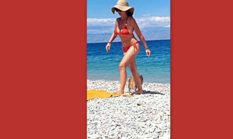 Δε θα πιστεύετε σε ποια Ελληνίδα τραγουδίστρια ανήκει αυτό το κορμί