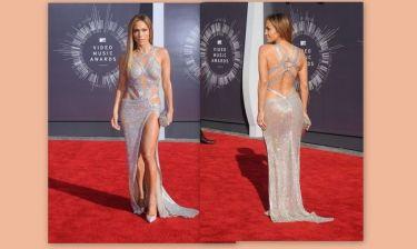 Jennifer Lopez: «Έκοψε» ανάσες στο κόκκινο χαλί