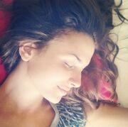 Κατερίνα Λιόλιου: Αγουροξυπνημένη στο κρεβάτι της