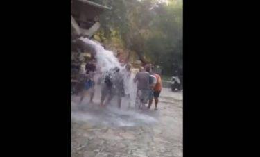 Σαρώνουν στο youtube οι Σπαρτιάτες: Έκαναν ice bucket με μπετονιέρα (vid)