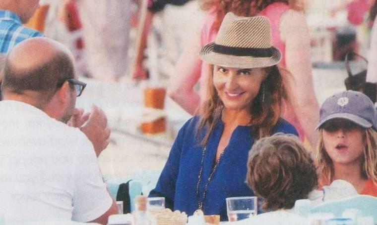 Διακοπές αλά Ελληνικά για την Νία Βαρντάλος
