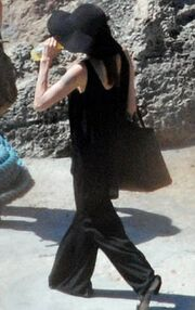 Jolie-Pitt: Οι πρώτες φωτογραφίες ως παντρεμένοι