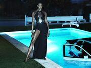 Δείτε τη Naomi Campbell να ποζάρει topless για νέα της φωτογράφηση!