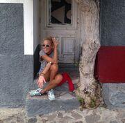Τάμτα: Οι διακοπές της στον Μόλυβο (φωτό)