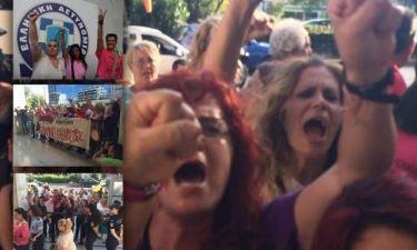 Καθαρίστριες ΥΠΟΙΚ:Συγκινητικές στιγμές έξω από την ΓΑΔΑ
