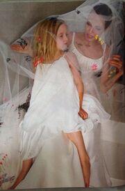 Angelina Jolie-Brad Pitt: Αυτό είναι το φωτογραφικό άλμπουμ του γάμου τους