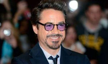 Δείτε τι συνέβη όταν ο Robert Downey Jr έφτασε στη Νότια Κορέα (Video)