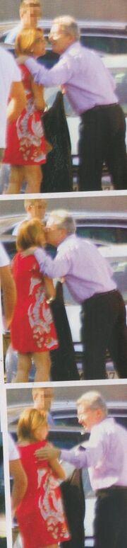 Το φιλί του Χατζηνικολάου στην Τρέμη. Τι κρύβει η συνάντηση των δυο;