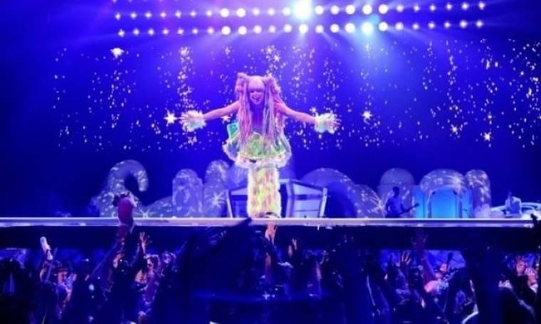 Η άφιξη της Lady Gaga στην Ελλάδα, τα απούλητα εισιτήρια και οι λεπτομέρειες της εμφάνισής της!