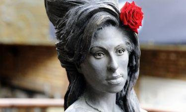 Άγαλμα έγινε η Έιμι Γουάινχαουζ