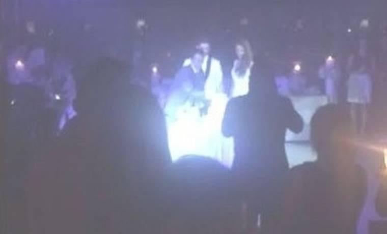 Μόνο εδώ: Δείτε τα πρώτα videos του Γάμου της Έλλης και του Γιώργου (Nassos blog)