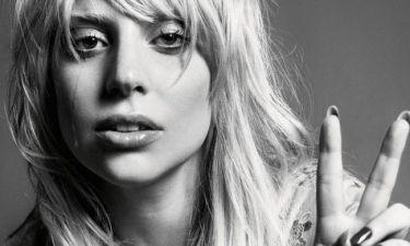 Τα tweets της Gaga πριν προσγειωθεί στην Αθήνα