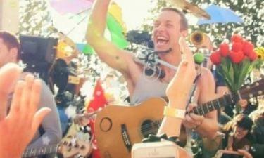 Γιατί οι Coldplay γράφουν στο Facebook «Ευχαριστούμε Ελλάδα»; (pic)