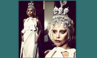 Έλληνες οι δημιουργοί της αρχαιοελληνικής εμφάνισης της Gaga