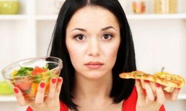Δώσε προσοχή: Oι 4 καθημερινές συνήθειες που δε σε αφήνουν να αδυνατίσεις