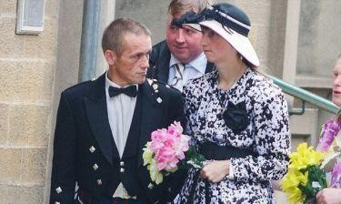 «Κολλημένη» με τους… γάμους