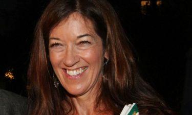 Victoria Hislop: «Κάθε φορά που έρχομαι στην Ελλάδα κάνω καλή εξάσκηση στην γλώσσα»