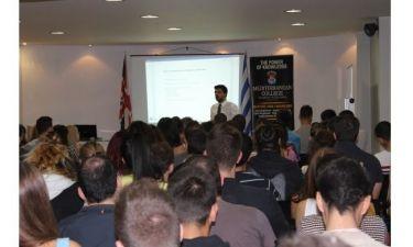 Mediterranean College: Χαμόγελα αισιοδοξίας στην πρώτη ημέρα της νέας φοιτητικής τους ζωής