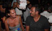 Flashback: Θυμάστε την πρώτη φορά που ο φακός απαθανάτισε τον Αντώνη Ρέμο με την Υβόννη Μπόσνιακ;