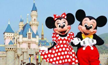 Χρεοκόπησε ο Μίκυ Μάους - Βουλιάζει στα χρέη η Disneyland