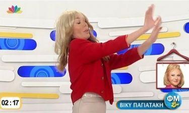 Η Τατιάνα παίζει παντομίμα με τον Φώτη και την Μαρία