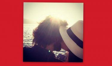 Το τρυφερό φιλί της Οικονομάκου στον αγαπημένο της