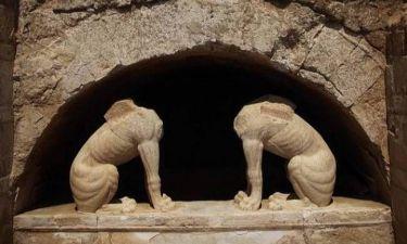 Αμφίπολη: Το SMS για τον τάφο που «τρελαίνει» τα Social Media