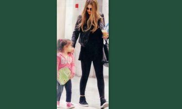 Δέσποινα Καμπούρη: Για ψώνια με την κόρη της στο Μαρούσι