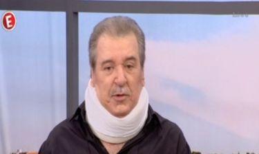 Τάσος Χαλκιάς: Γιατί εμφανίστηκε με κολάρο στην εκπομπή «Στα καλά καθούμενα»; Τι του συνέβη;