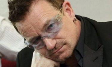 Τώρα ξέρουμε! Δεν θα πιστεύετε γιατί ο Bono δεν αποχωρίζεται ποτέ τα μπλε γυαλιά ηλίου