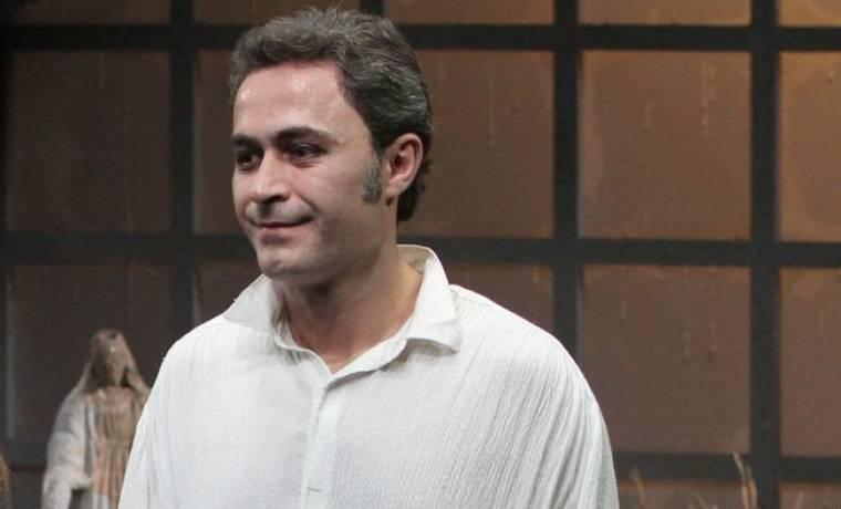 Θανάσης Κουρλαμπάς: «Είναι ευχή για έναν ηθοποιό να δουλεύει με τον Αρβανίτη»