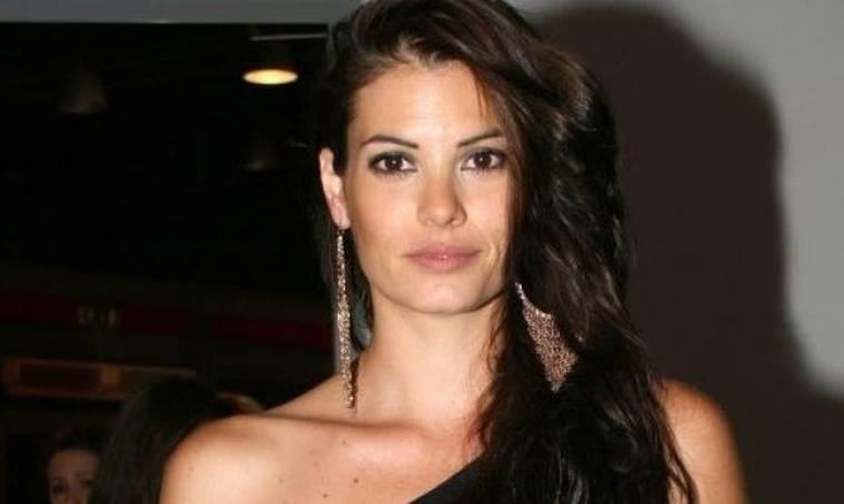 Μαρία Κορινθίου: «Εγώ θεωρώ ότι ζηλεύω σε λογικό πλαίσιο»
