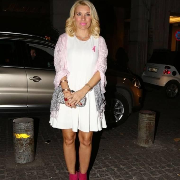 Η Ελένη Μενεγάκη στηρίζει την Παγκόσμια Εκστρατεία Ενημέρωσης για τον Καρκίνο του Μαστού