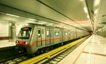 «Έμεινε» συρμός μέσα στη σήραγγα του Μετρό