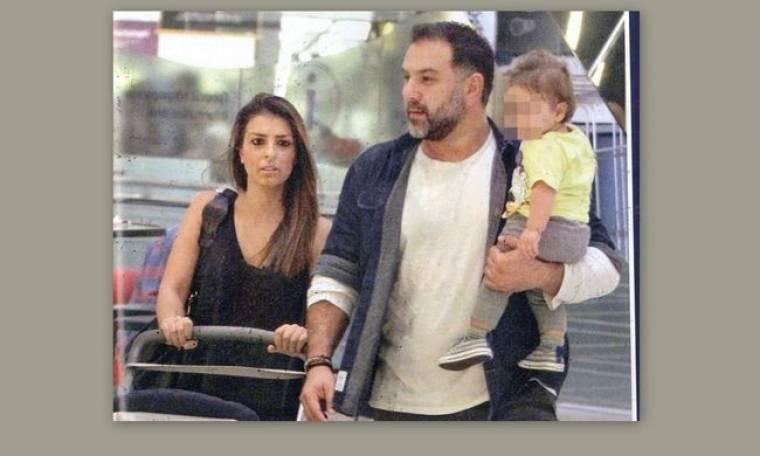 Αρναούτογλου-Κόκλα: Βόλτα με τον γιο τους