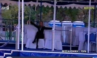Δημοσιογράφος έκατσε στην θέση του Προέδρου της Δημοκρατίας και ο Παπαδάκης «έχασε» τα λόγια του
