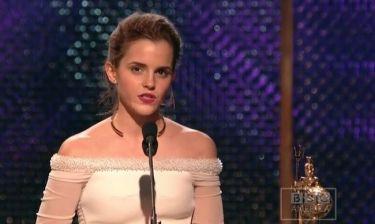 Δεν θα πιστεύετε που αφιέρωσε το βραβείο της η Emma Watson