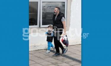 Με το γιο του στο στούντιο ο Γρηγόρης Γκουντάρας