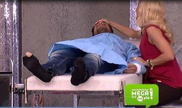 Τρελό Γέλιο: Mega Με Μία: Η τρύπια κάλτσα, ο γιατρός και η Ρωσίδα καλλονή!