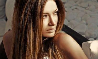 Αποστολία Ζωή: «Η παύση μου από το τραγούδι ήταν εποικοδομητική»