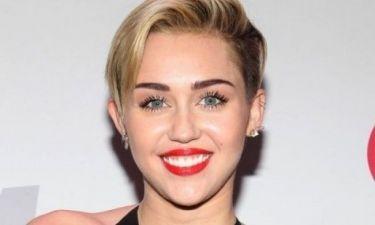 Καμία επαφή: Το νέο «κατόρθωμα» της Miley Cyrus έχει εξοργίσει όλο τον πλανήτη