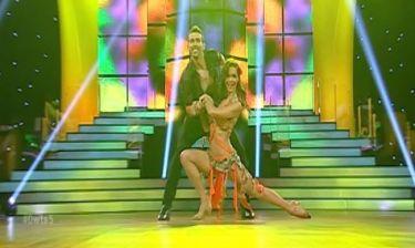 Νικολέτα Καρρά: «Αναστάτωσε» με το λίκνισμά της στη salsa!