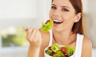 «Η κόρη μου ακολουθεί μία χημική δίαιτα, τι να κάνω;» Από τη διατροφολόγο Ευσταθία Παπαδά