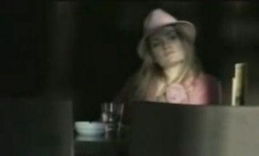 Ποια σύζυγος πασίγνωστου πολιτικού πρωταγωνιστεί σε βίντεο κλιπ του Γονίδη;