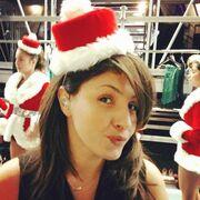 Η Έλενα Παπαρίζου σε Χριστουγεννιάτικη διάθεση