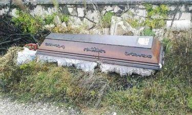Ξέθαψε το σύζυγό της γιατί το νεκροταφείο ήταν…μακριά!