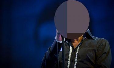 Tραγουδιστής διέκοψε την συναυλία του μετά από υβριστικά σχόλια που αφορούσαν την ασθένειά του