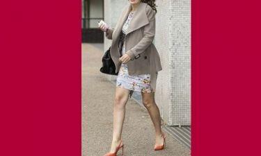 Παρουσιάστρια κοντεύει να γεννήσει και δεν λέει να αποχωριστεί τα ψηλοτάκουνα! (εικόνες)